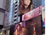 rihanna nude at times square